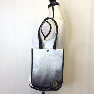 LULULEMON Reusable White Black Gold Yoga Gym Bag